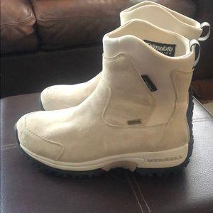 Merrell waterproof Boots size 6.5
